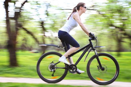自転車の 自転車 ダイエット 運動強度 : 健康的に痩せる有酸素運動を ...