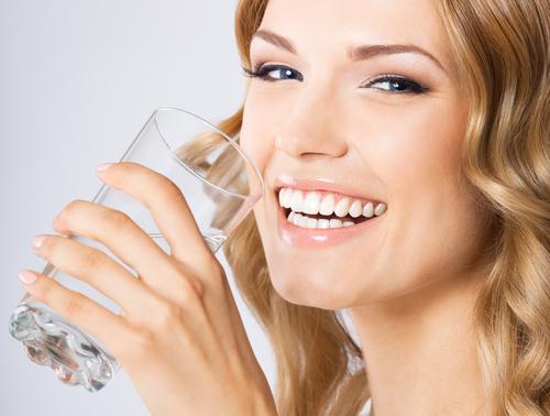 キレイになりたいなら飲むべき水はだった! – 女子力アップCafe Googirl