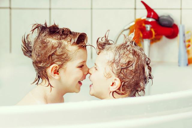 お風呂嫌いの子どもが嘘のように楽しめるようになるテクニック!