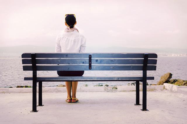 女友だちから敬遠されてしまう人の特徴5つ
