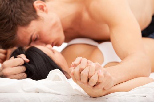 """じつはみんな悩んでいる? セックス最中に突然訪れる""""奇妙な""""瞬間"""